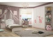 """Детская светлая комната для девочки """"Кошки"""""""