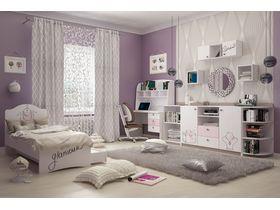 """Детская светлая комната для девочки """"Парижанка"""" с кроватями разного размера и типа"""